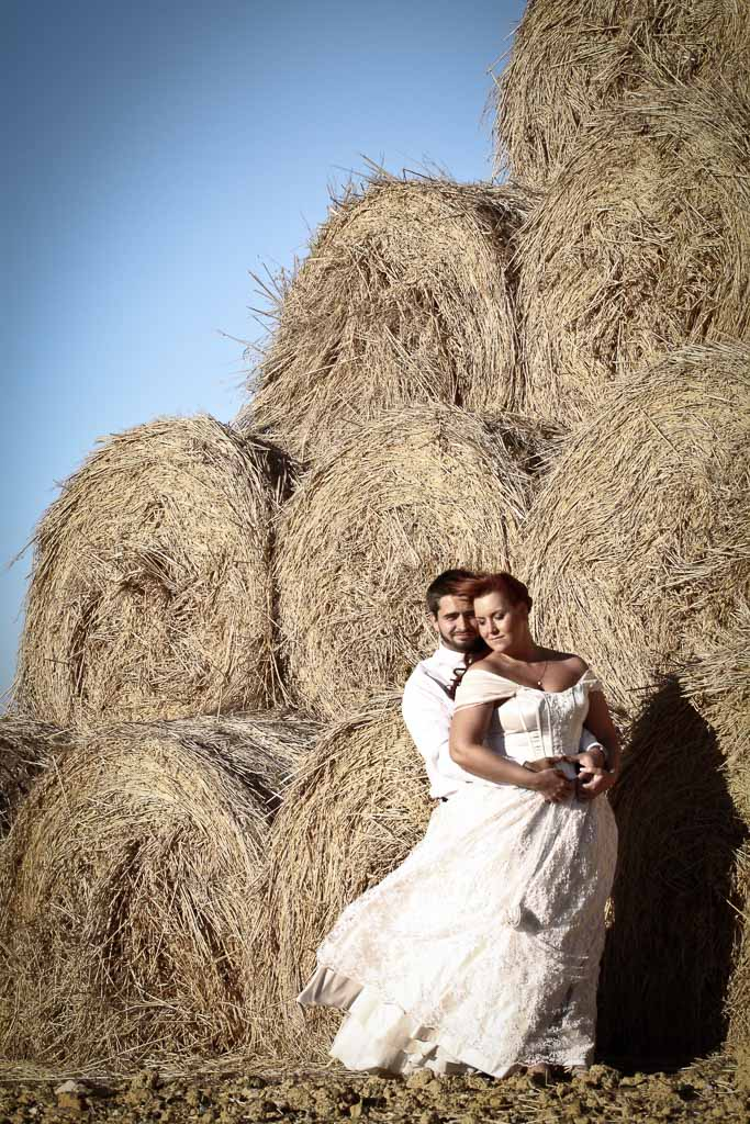 Couple and haystack edgy edit